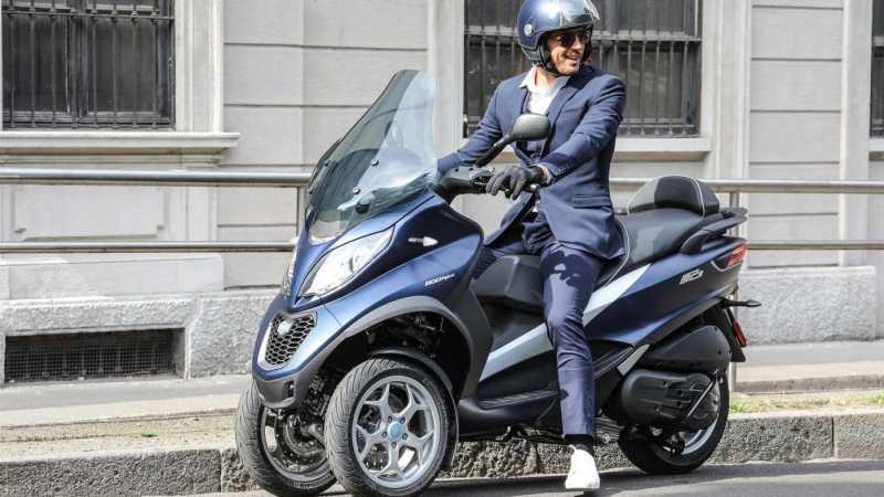 motor rijden autorijbewijs