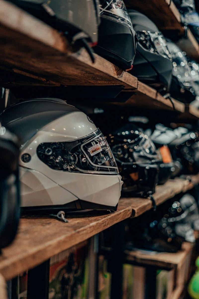 Vijf helmen onder de 250 euro