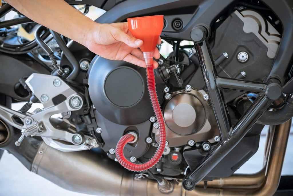 olie verversen motorfiets