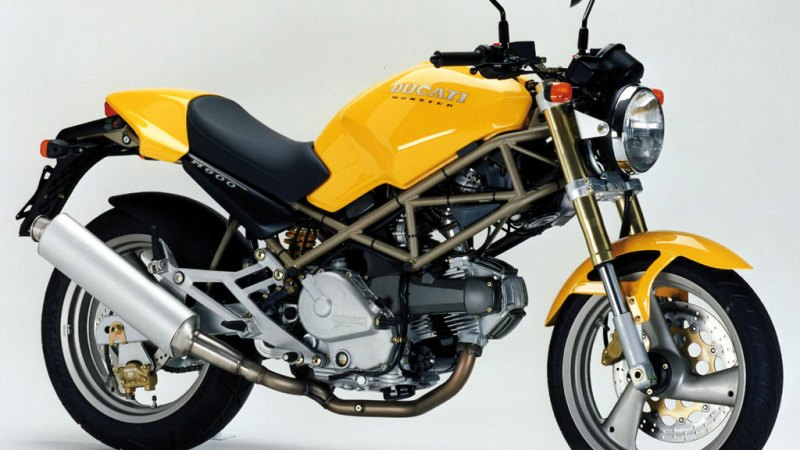 Een goedkope motor: de Ducati M600