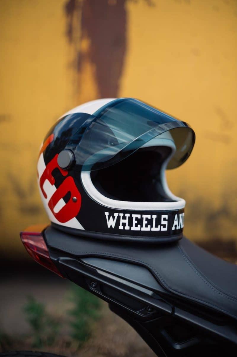 Win een Indian Motorcycle x Wheels & Waves helm