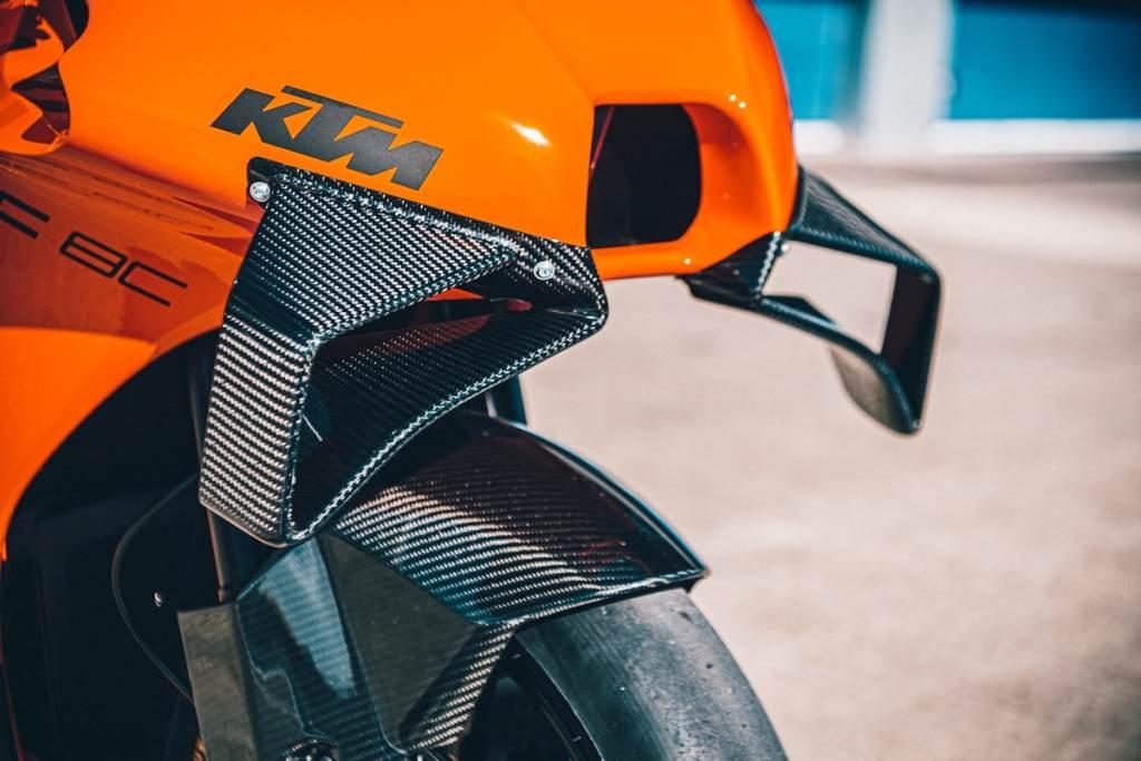 KTM RC 8C winglet